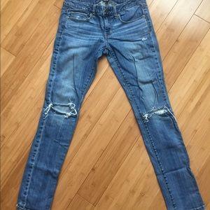 American Eagle size 6 stretch jean